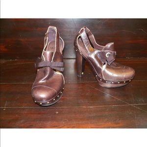 New Womens UGG Celestina Rum Leather Heels Clogs